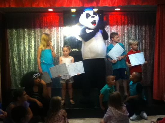 Intertur Hotel Hawaii Mallorca & Suites: Panda show