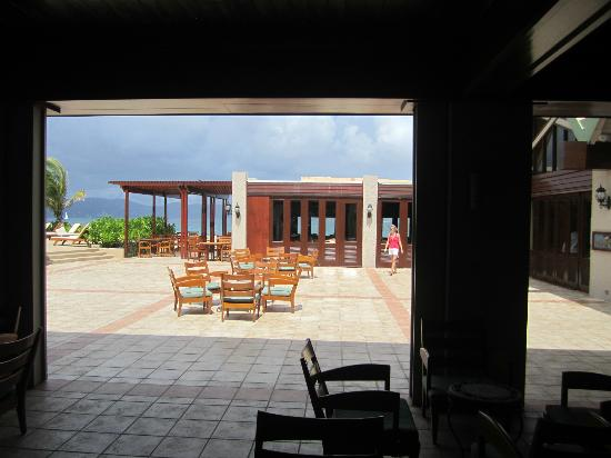Tradewinds Restaurant @ Peter Island Resort: View from the Peter Island Resort lobby looking at Tradewinds