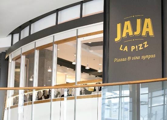JaJa La Pizz, au Complexe Jules-Dallaire