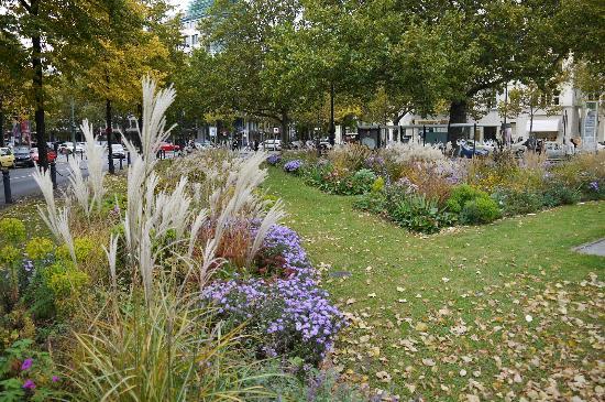 Citadines Kurfürstendamm Berlin: Public Garden - Olivaer Platz