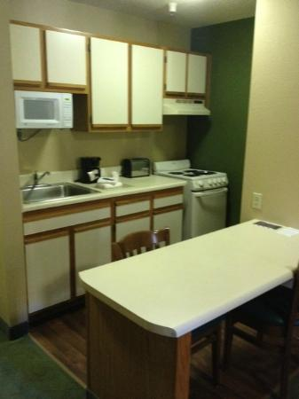 Extended Stay America - Greenville - Haywood Mall: Queen Studio Kitchen