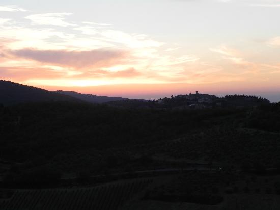 Villa  Vistarenni: sunset