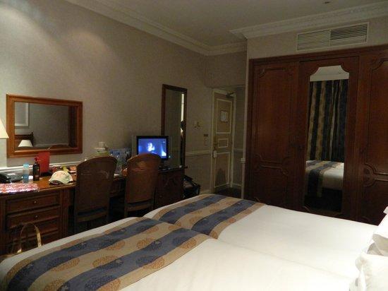 Hotel Waldorf Madeleine: Habitación