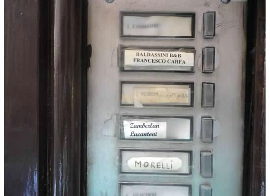 Baldassini B&B: Mailbox