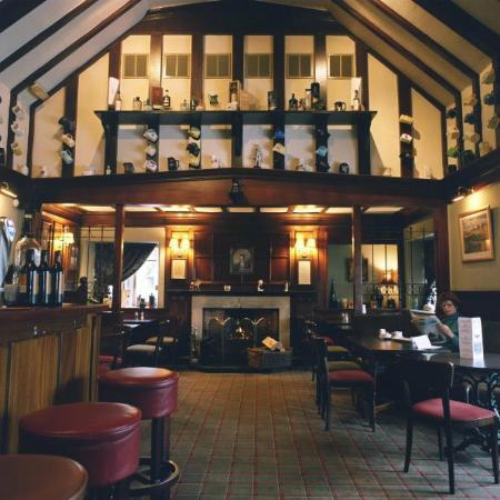 The Chestnuts Hotel Restaurant: The coal fire in the bar