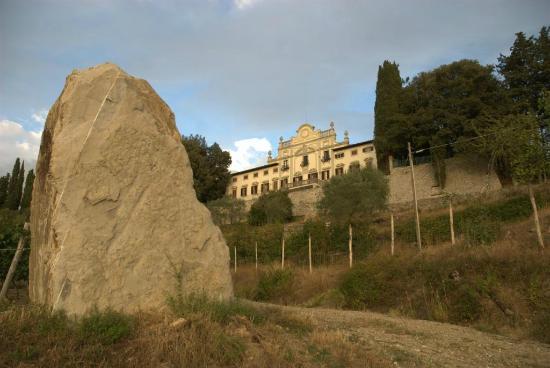 Villa  Vistarenni: the villa