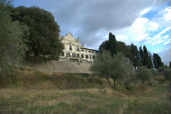 Villa  Vistarenni: the villa