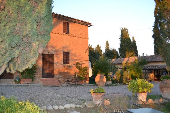Agriturismo  Pieve Sprenna: Farmhouse