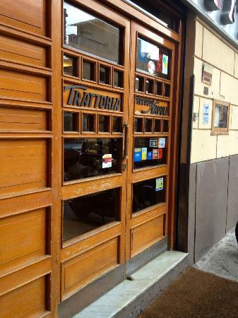 Trattoria Piccolo Napoli: Exterior