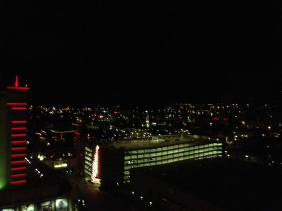 Sam's Town Hotel & Casino, Shreveport: Night view from the room