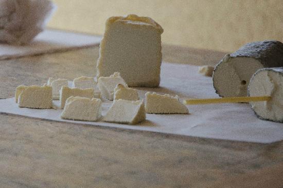 Le Calabash Petit Conservatoire de la Cuisine: St Maure Chevre
