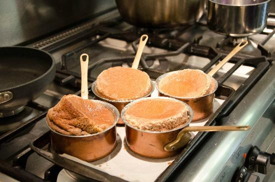 Le Calabash Petit Conservatoire de la Cuisine: Chocolate Souffle