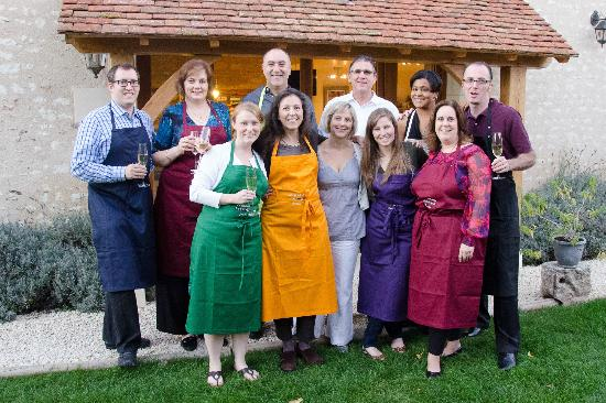 Le Calabash Petit Conservatoire de la Cuisine: Group photo from October 2012