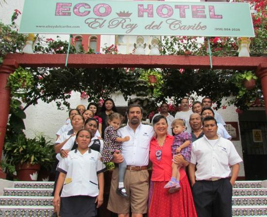 Eco-Hotel El Rey Del Caribe: Anfitriones