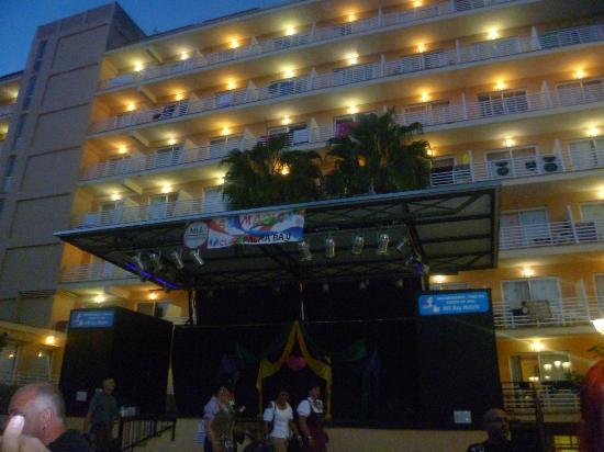 Palma-Bay Club Resort: main hotel entertainment