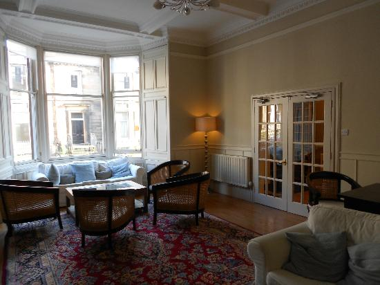 My Edinburgh Life: Communal lounge