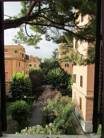 B&B A Villa Riccio: View from our room.