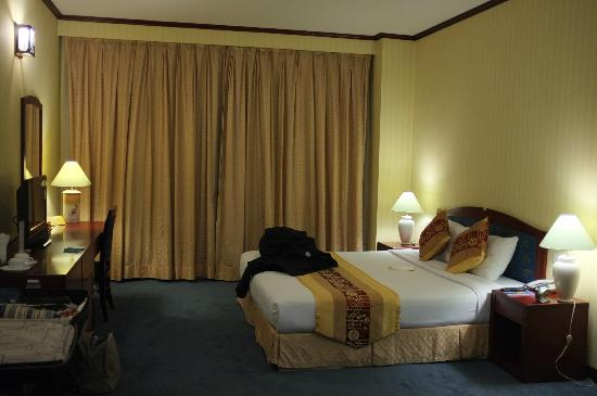 Mithrin Hotel: Chambre