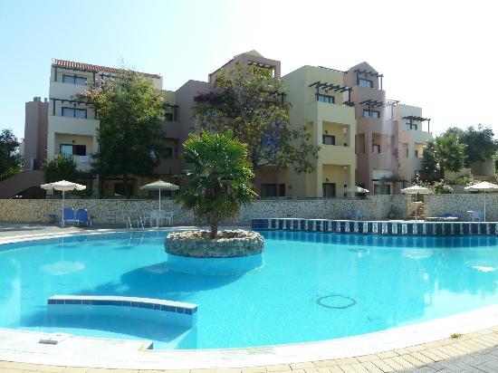 Kato Daratso, Grécia: pool (one of 2 pools)