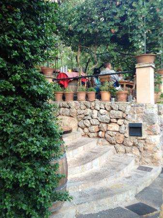 El Barrigon Xelini : the terrace