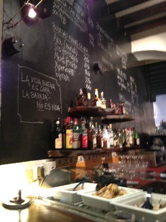 El Barrigon Xelini : inside the main part of the restaurant
