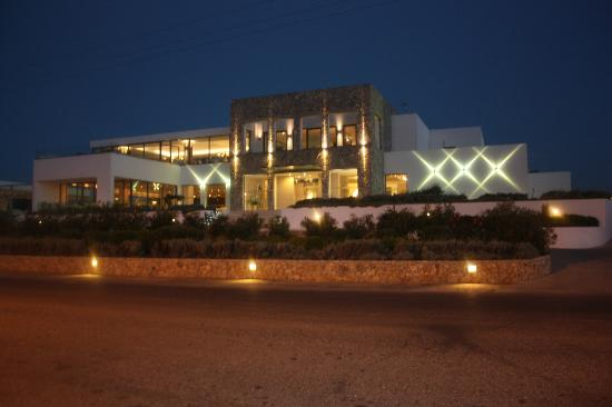 Diamond Deluxe Hotel & SPA - Adults Only: The hotel at night