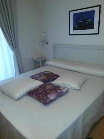 Hotel Sorella Luna: Double Room - King size bed