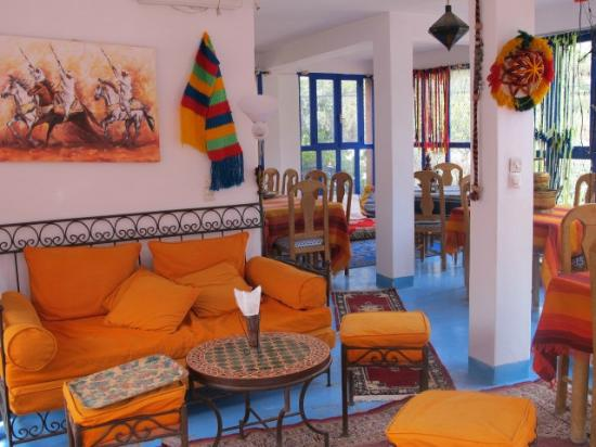 Le petit salon marocain - Picture of La Perle d\'Ourika ...