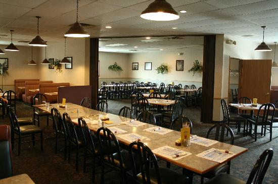 Jasper Ridge Brewery: Dining area