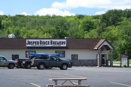 Jasper Ridge Brewery: Outside Shot