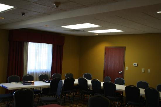 Best Western Saraland Hotel & Suites: Meeting Room