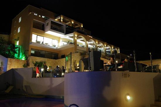 Filion Suites Resort & Spa: Struttura principale reception e terrazza pranzo