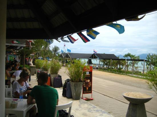 Harry's Bungalows & Restaurant: Mae Nam