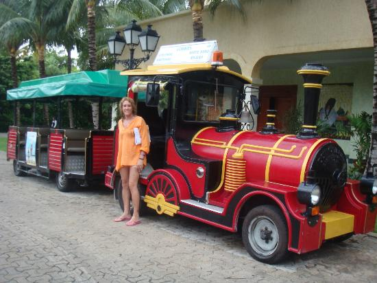 Grand Palladium Colonial Resort & Spa: Medio de transporte