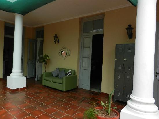 Nande Po'a : Courtyard