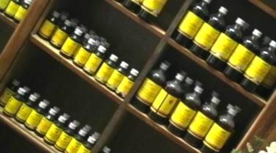 Santhigiri Ayurveda Heritage: OILS READY FOR YOUR ENJOYMENT