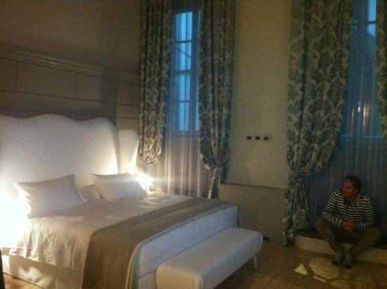 Firenze Number Nine Wellness Hotel: super bed, super kamer