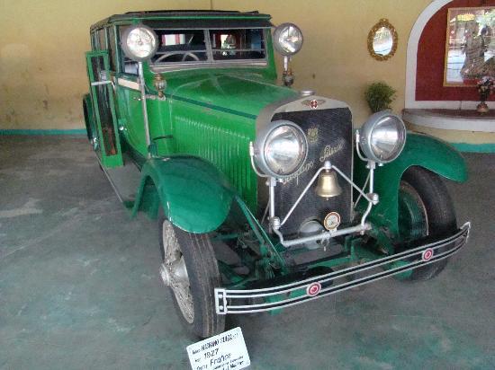 Auto World Vintage Car Museum: Auto World Collection