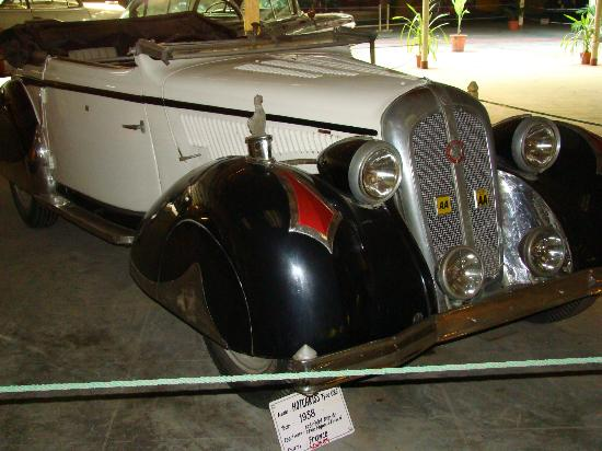 Museum Mobil Vintage: Auto World Collection