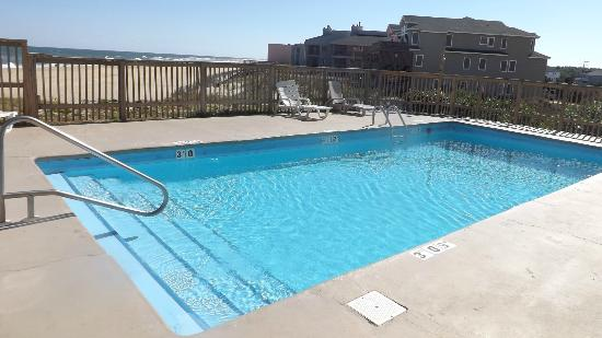 Comfort Inn South Oceanfront: pool