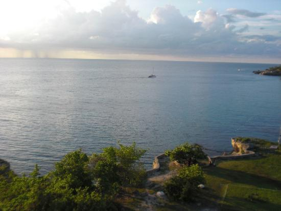 Fabian Tours: View from the Lighthouse at Ricks Cafe