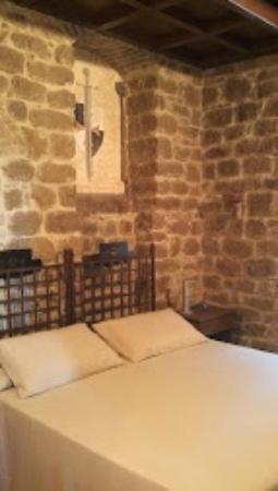Castello di Monterone: Del Rosone Room