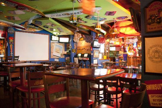 Henry's Beach Cafe: El mejor lugar para disfrutar con tus amigos!!
