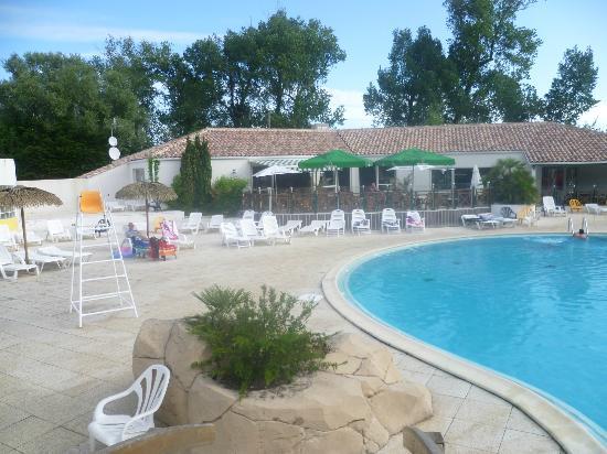 La Yole pool area