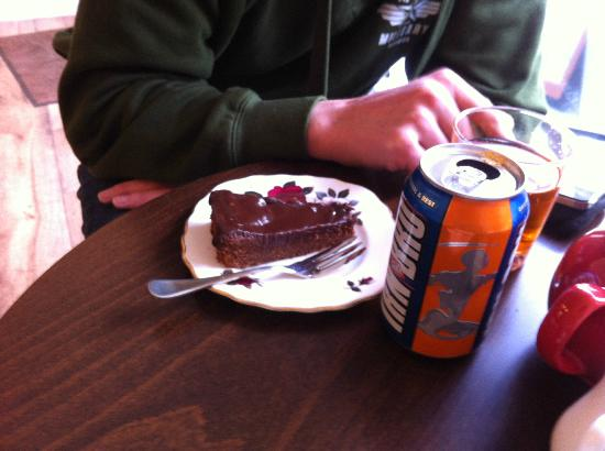 The Potting Shed: Chocolate cake and an irn bru