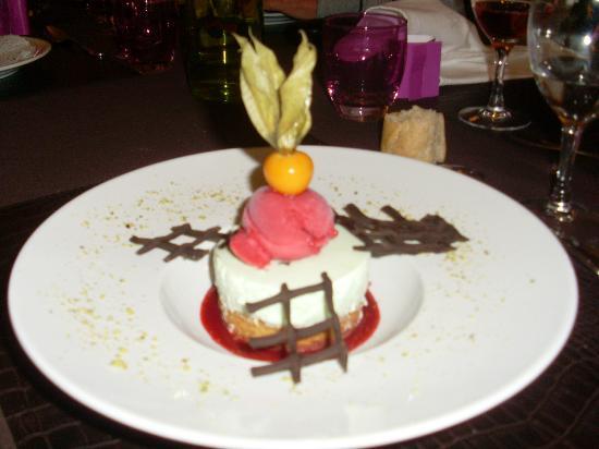 Le beau rivage: tres bon dessert 