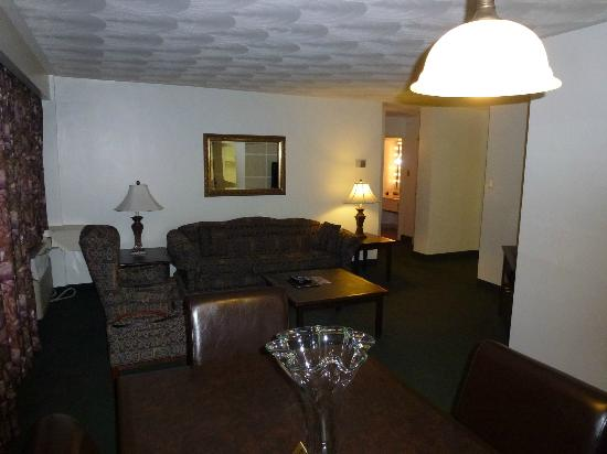 The Business Inn & Suites: The Business Inn (Ottawa, Canada)