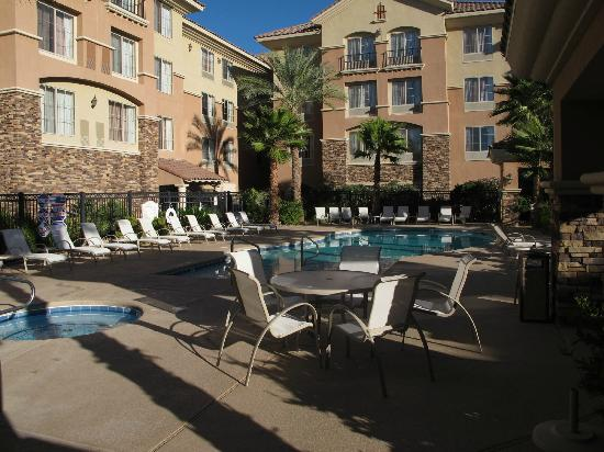 Pool area north picture of hilton garden inn las vegas for Hilton garden inn las vegas