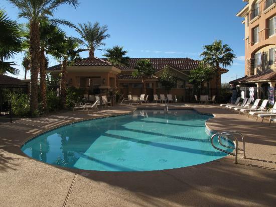 Hilton Garden Inn Las Vegas Strip South: Pool area South