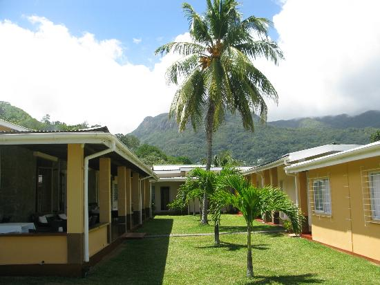 Panorama Guesthouse Beau Vallon: rooms